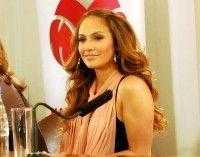 Дженифер Лопес на пресс-конференции Муз-ТВ 2008