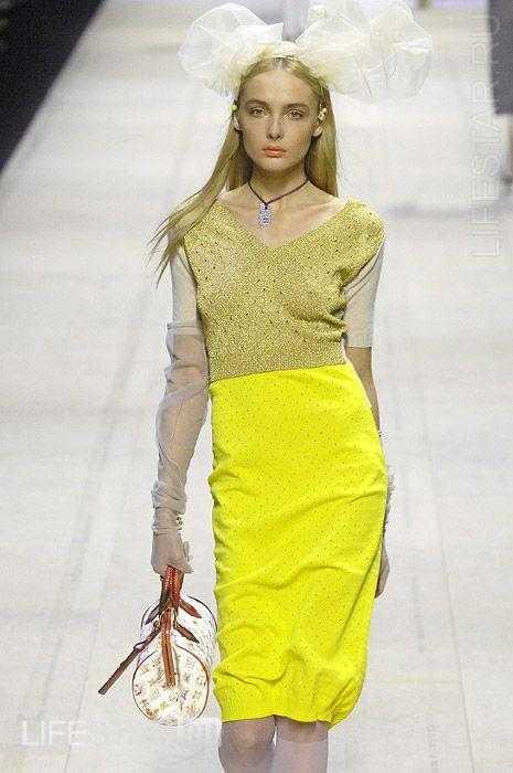 Модели платьев для невысоких фото.